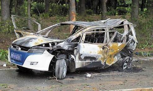 车祸现场图高清图片