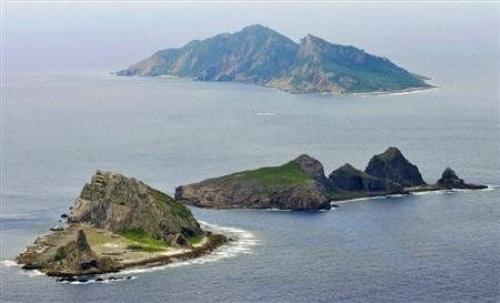 """图说天下8月7日 日本宣称必要时出兵""""护卫""""钓鱼岛"""