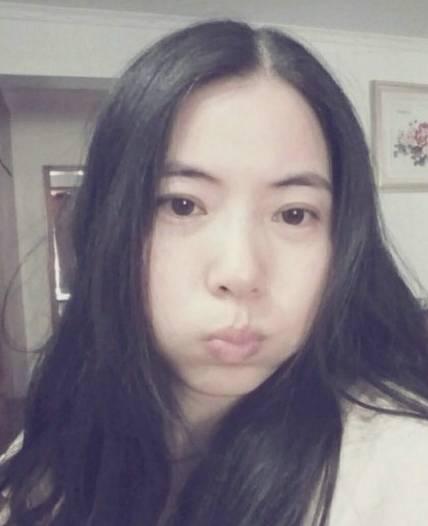 高清图—南京母子(王纪庭)微博晒合影照 酷似情侣