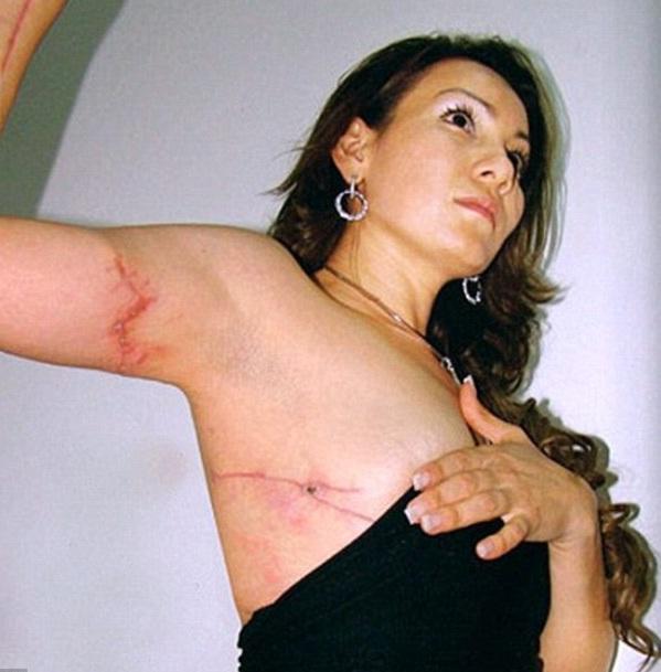 惊悚组图]墨西哥美女市长被毒枭绑架轮奸裸死 下体 ...: world.kankanews.com/zongheng/2012-11-27/1891631_5.shtml