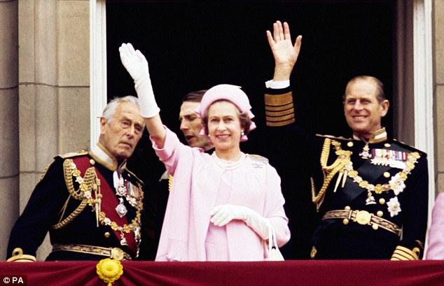 英国女王首次以3D技术录制圣诞讲话 盘点伊丽莎白二世女王70年来圣...图片 68039 634x409