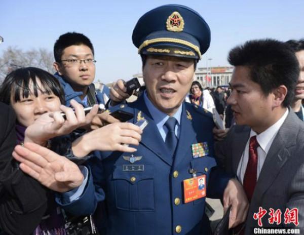 【组图】邓小平唯一的孙子邓卓棣任广西平果县