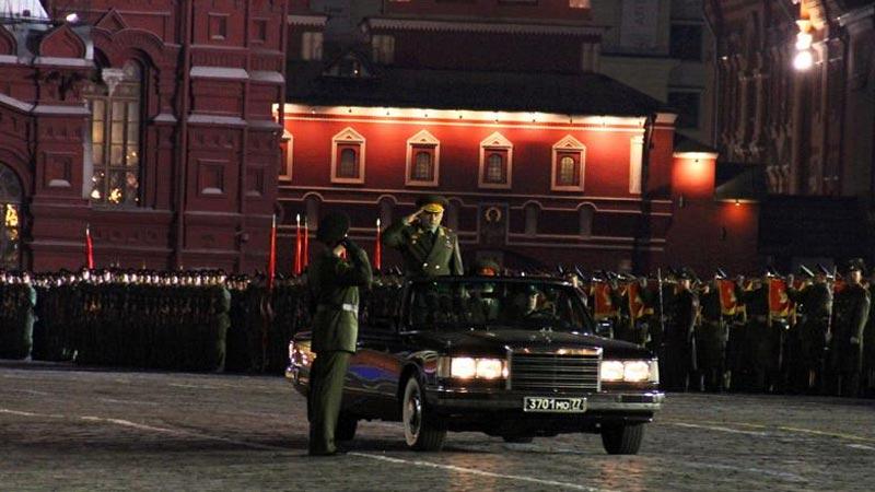 莫斯科红场阅兵式彩排——俄罗斯军队长官代替俄国防部长检阅部队
