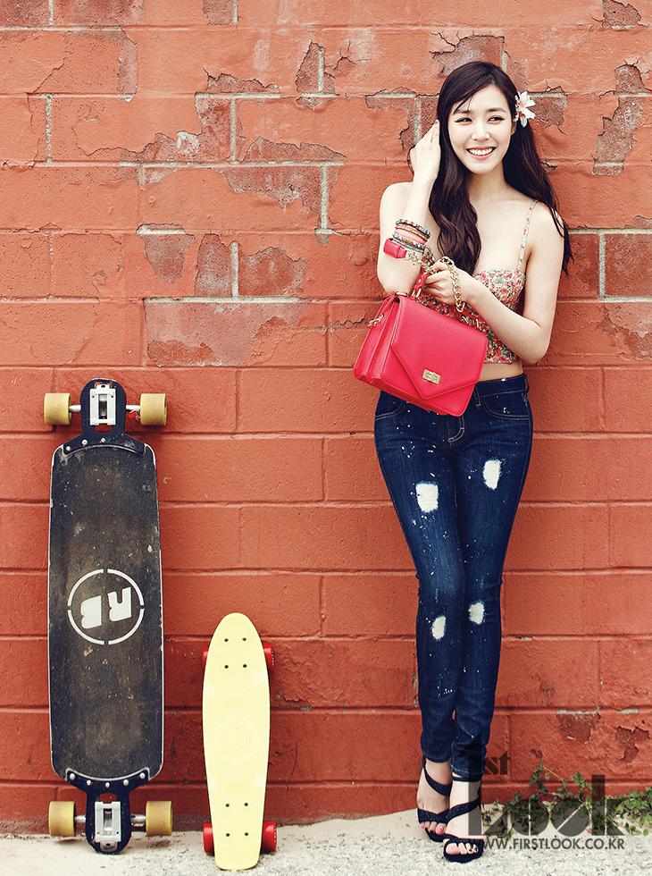 少女时代JessicaTiffany分赴欧美拍摄画报 奢华美艳阳光甜美风情各异