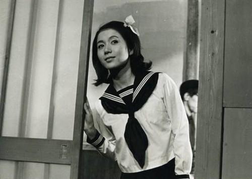 集 波多野结衣苍井空弱爆了 围观日本网友眼中色艺兼备的十位性感女