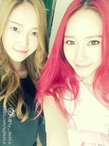 f(x) 2013 pink tape  少女时代Jessica郑秀妍应援f(x)新专辑 微博更新和妹...
