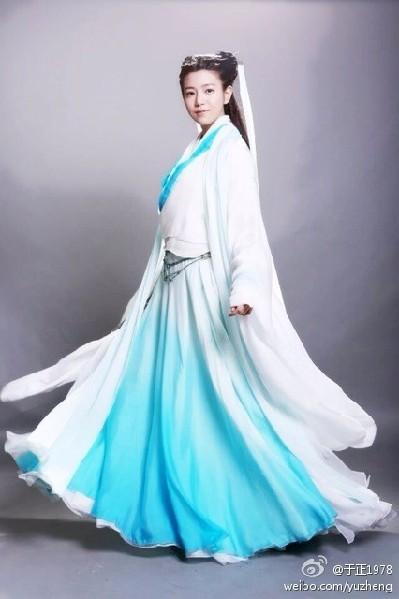 图集|陈妍希出演小龙女饱受争议洪辰无端被黑