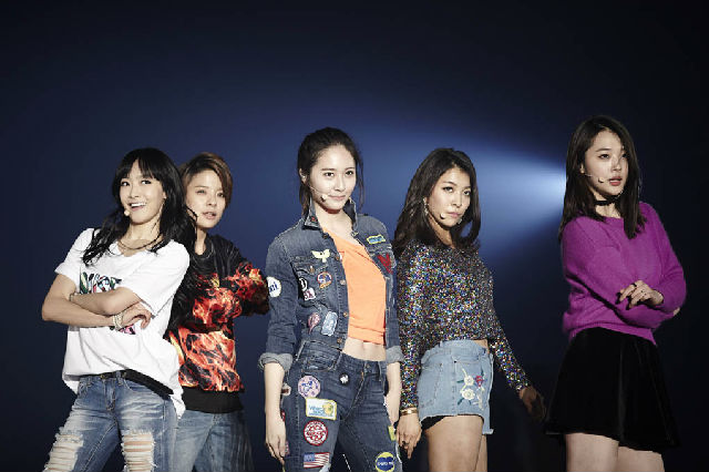 08 SM家族演唱会5年超50万观众观赏 EXO鹿晗f x 宋茜2013演唱会最