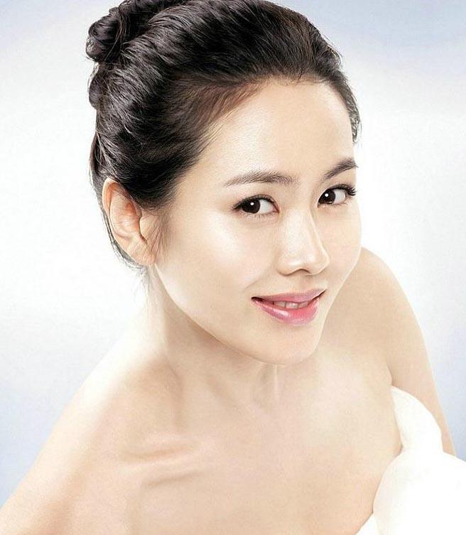 韩国美女排行榜:金泰熙韩佳人宋慧乔全智贤老