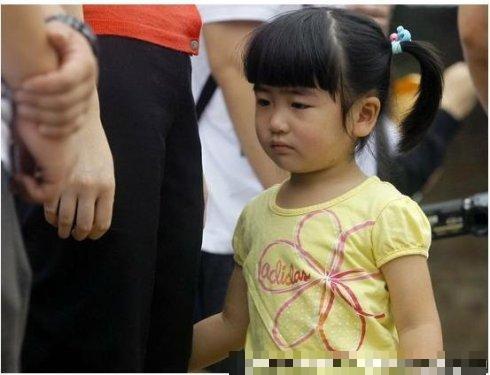姚明女儿姚沁蕾可爱生活照曝光