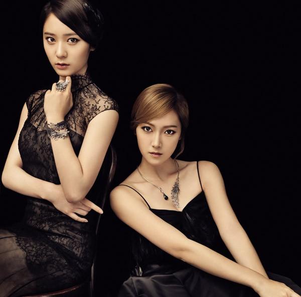 时代Jessica接受专访 Krystal谦虚称全靠姐姐照