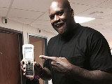 iphone6plus弱爆!NBA球星奥尼尔晒iPhone10++
