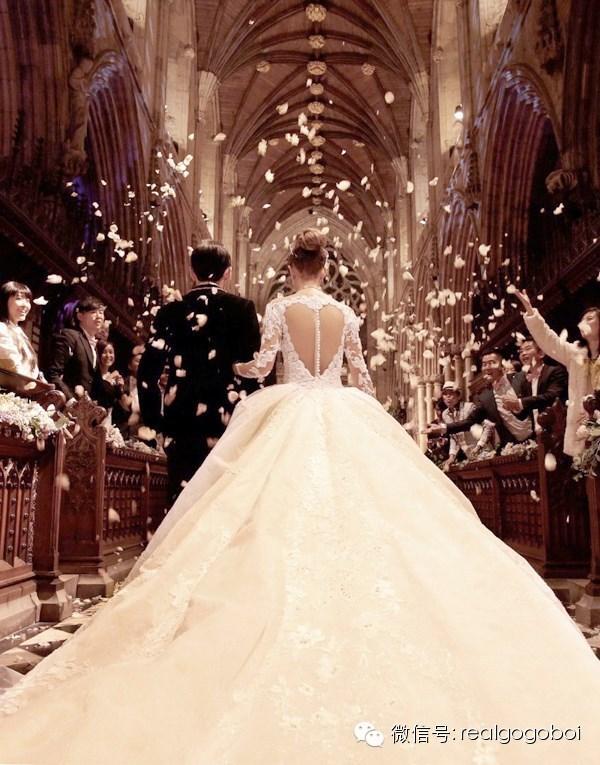 周杰伦的结婚照_周杰伦婚礼全面解析 童话里不是骗人的!