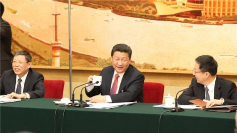 习近平与上海代表团共商国是:上海要继续当好改革开放排头兵