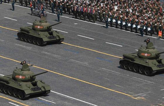 5月9日,俄罗斯纪念卫国战争胜利70周年阅兵式在莫斯科红场举行,二战功勋装备T-34坦克亮相接受检阅。在伟大卫国战争中,具有神奇色彩的T-34坦克曾举世闻名,是当时最好的中型坦克。