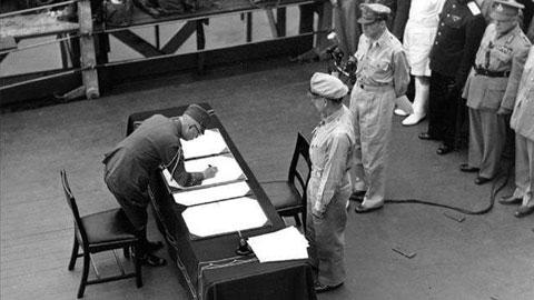 日本签署无条件投降书