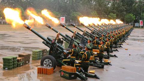 礼炮部队一套动作五秒一气呵成