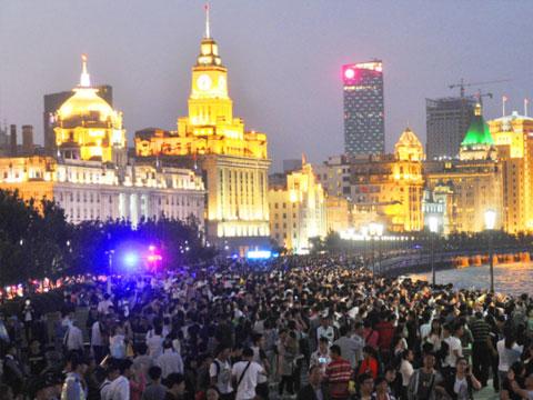 上海国庆黄金周 各景点游人如织