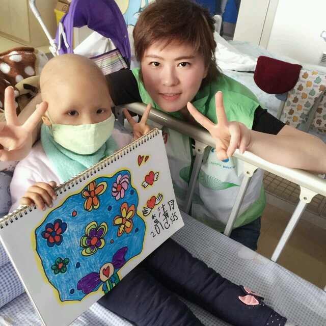 记者国庆这两天,在上海儿童医院血液科