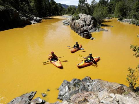 """美国一州拟就""""毒河""""起诉环保署"""