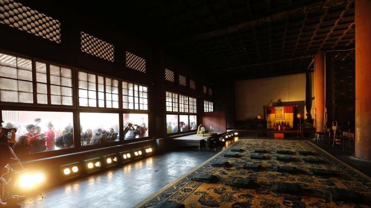 北京故宫六大宫殿百年来首次亮灯