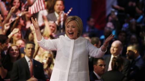 奥巴马宣布支持希拉里 将为其助选