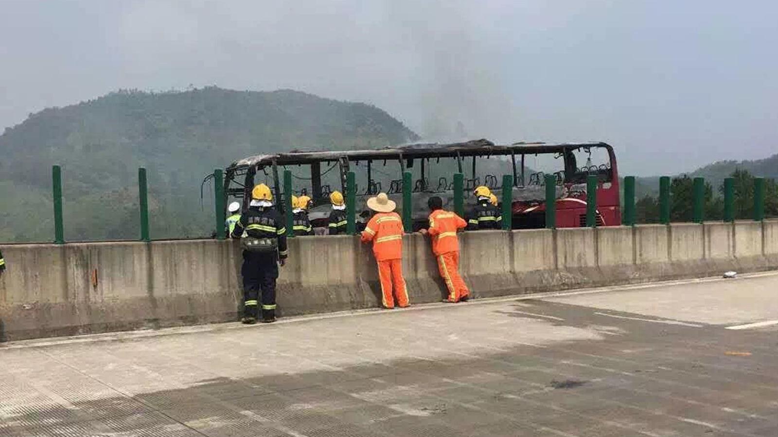 湖南宜章境内一客运大巴起火 已造成不少人员伤亡