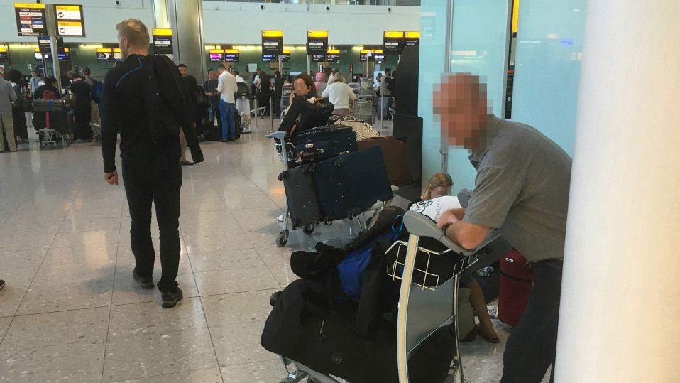 现实版《幸福终点站》?贝克汉姆前保镖无家可归睡伦敦机场