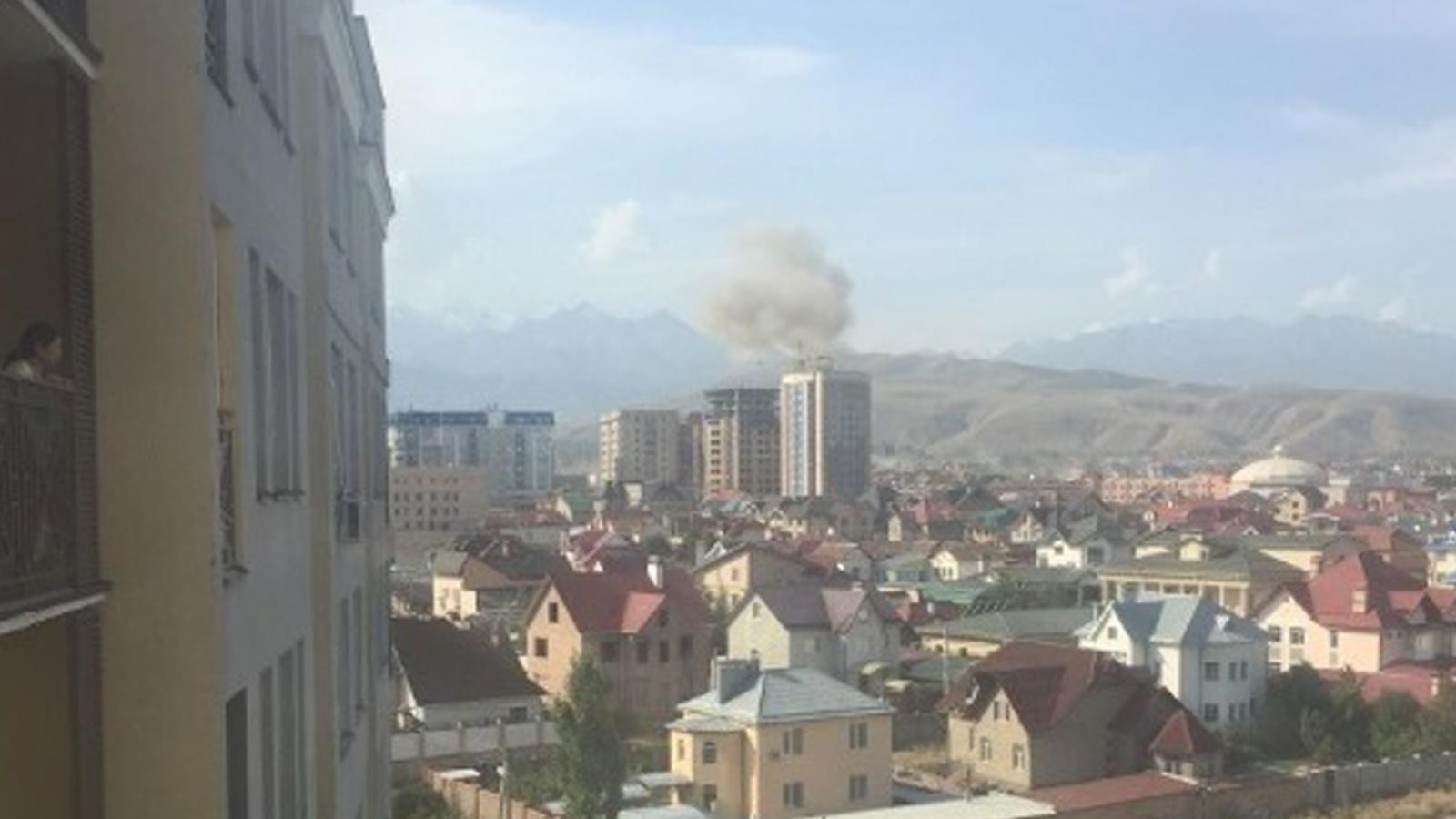 中国驻吉尔吉斯斯坦大使馆遭汽车炸弹袭击 至少1死2伤