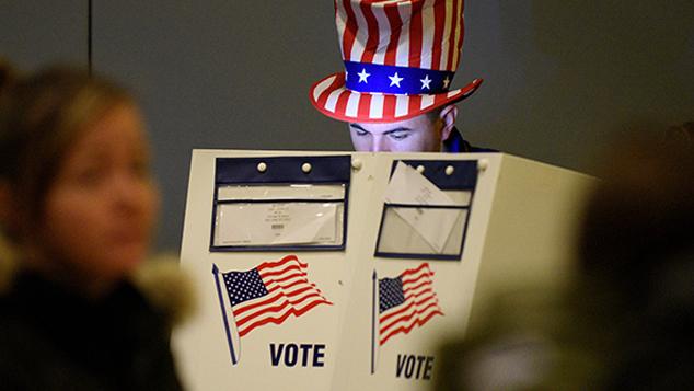 美总统选举重新计票风波不断发酵 特朗普及其支持者力阻重新计票
