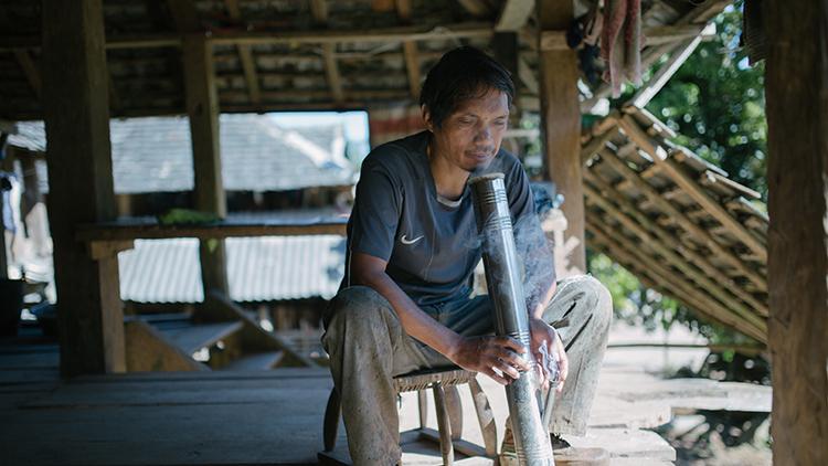 南联山:全村曾经只有两户家庭不沾