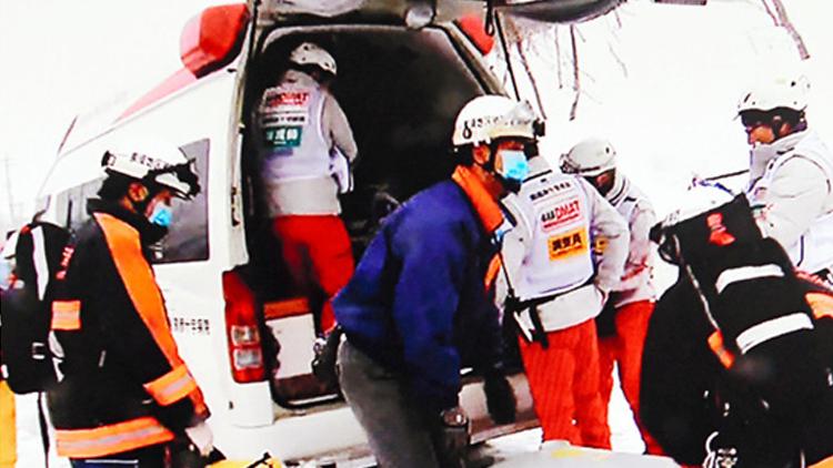 日本一滑雪场发生雪崩 8名学生无生命迹象