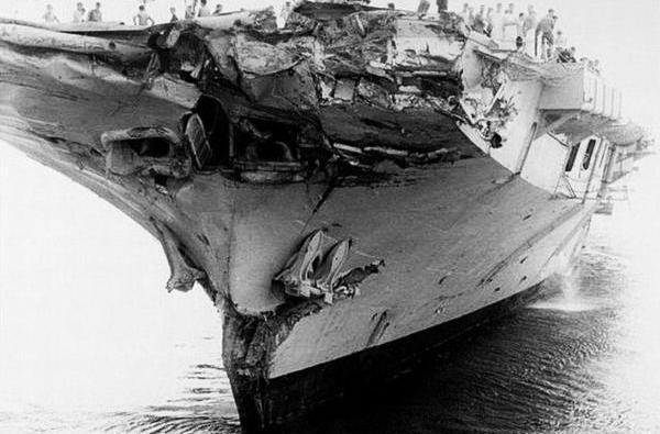 """著名的""""撞船魔鬼""""墨尔本号,仅澳美驱逐舰就被它干掉两艘"""