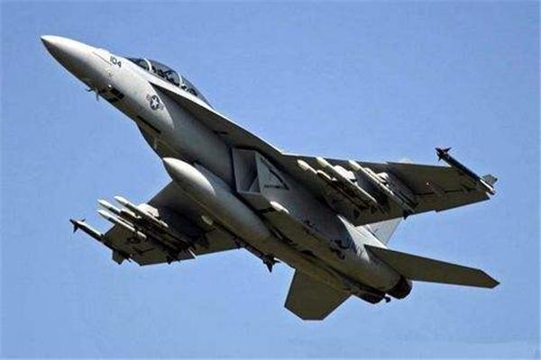 视频|叙政府军苏-22刚出动就被击落 杜文龙:美
