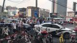 视频 上海曹安公路华江路倒楼现场救出4人 其中3人不幸身亡
