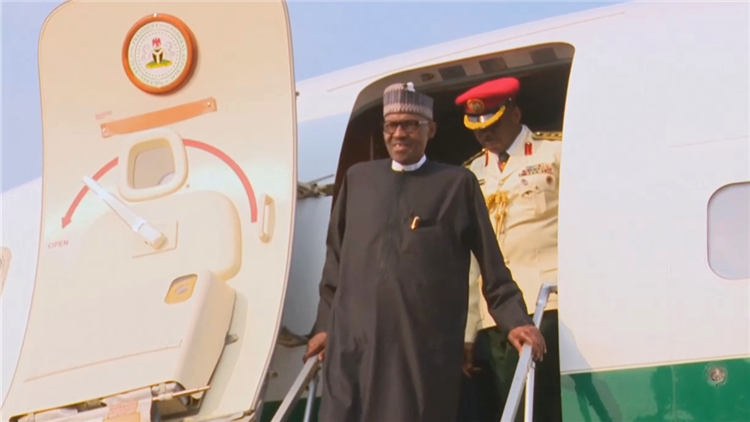 滞留伦敦3个多月 尼日利亚总统终于回国