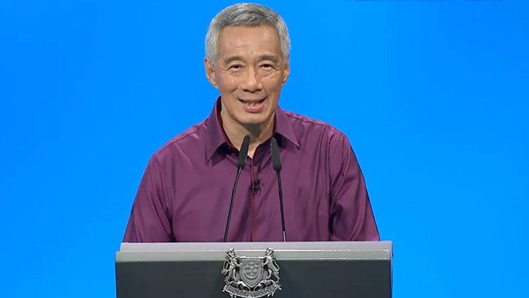新加坡部长不识移动支付 李显龙:我们像