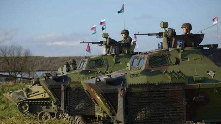 普京十万大军挥师东欧 美俄对峙中国要当心