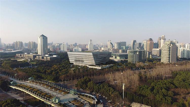 上海图书馆东馆:通向未来的复合型图书馆