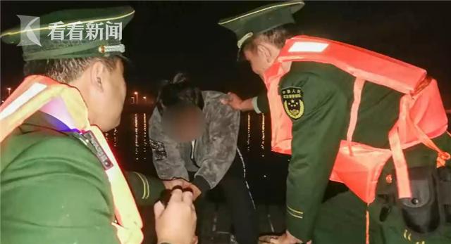 视频 无声的感谢 聋哑人被困海上呼救无门 民警迅速施救有惊无险