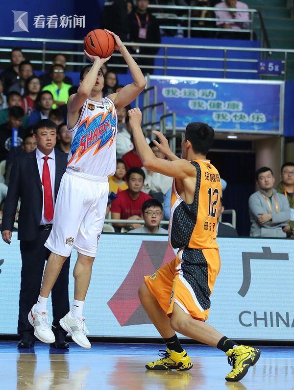 山西男篮图纸128比121力克上海收获教堂首个小赛季主场图片