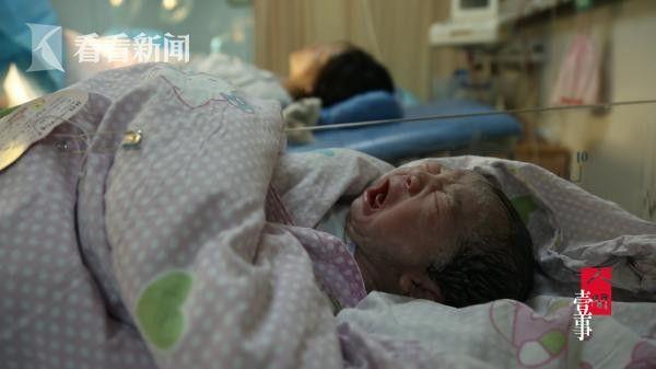 查春红的第二个儿子吴宇皓出生