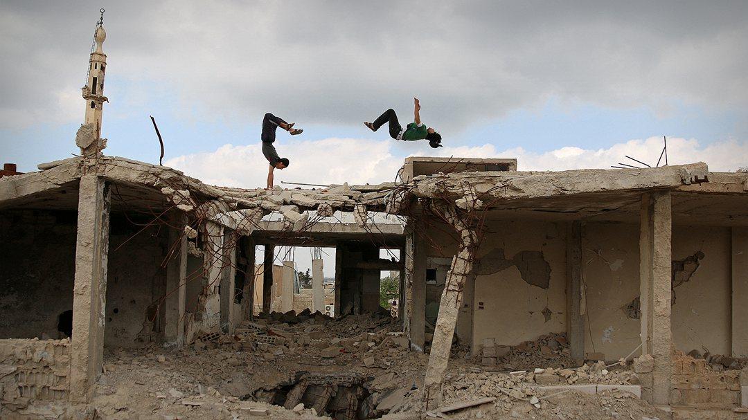 打了7年回到原点 叙利亚内战为谁而打?