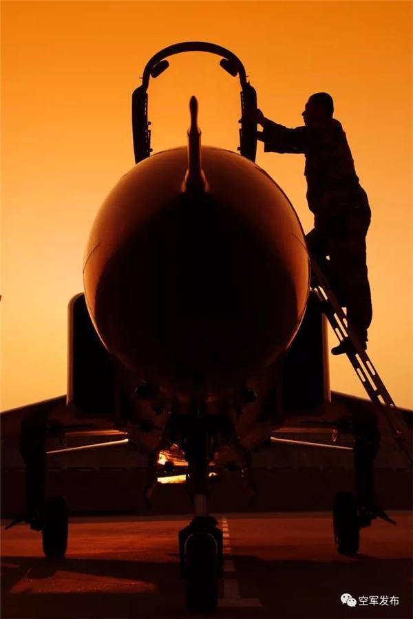 空军3.jpg