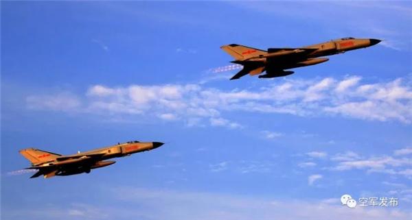 空军1.jpg