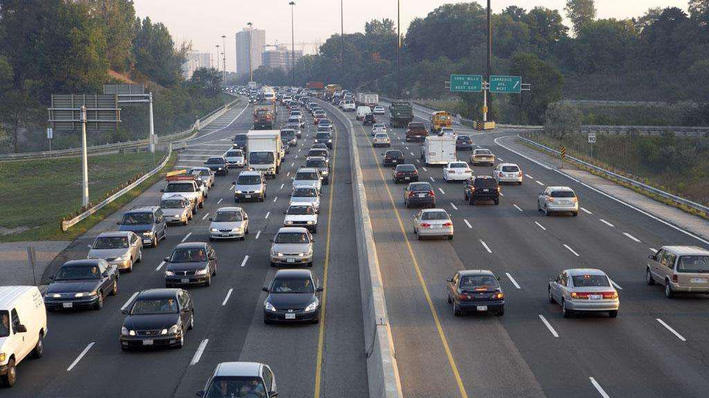 五一假期四天高速公路小型客车免费通行