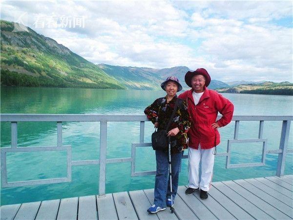 18年来谷向东带着妻子走遍了中国