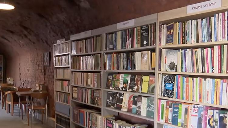 图书馆的书是捡来的?清洁工年捡6千本学校都来借