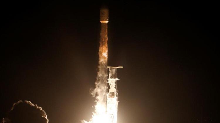 向全球提供千兆宽带!SpaceX送互联网卫星入轨道