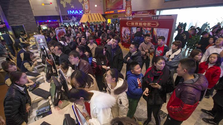 国内电影票房创单月历史新高 累计票房已超88亿